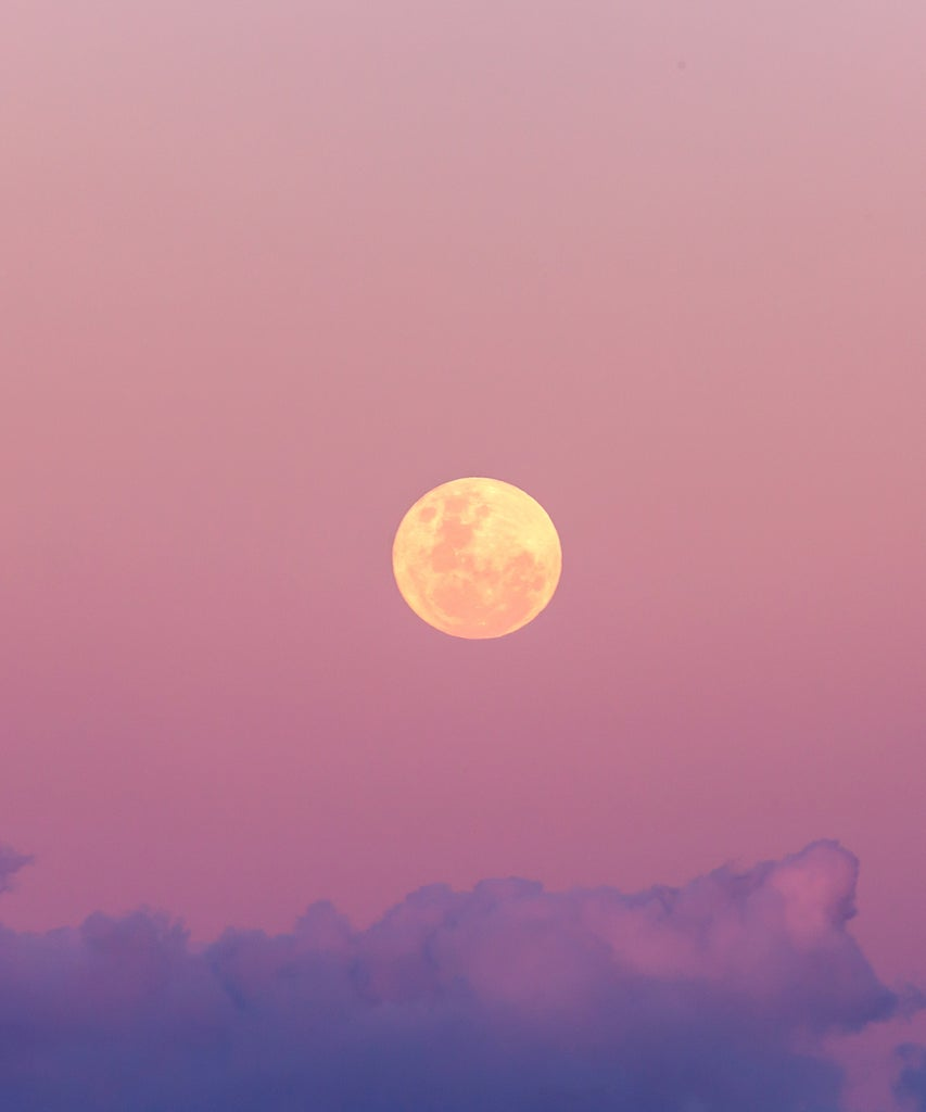 The Full Moon In Cancer Is Here To Help Us Say Goodbye To 2020