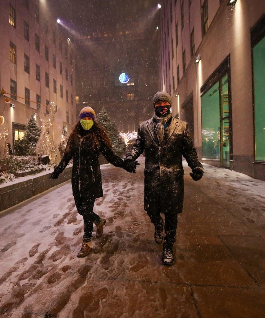 Spaziergang? Nein, danke: 9 COVID-freundliche Winter-Date-Ideen
