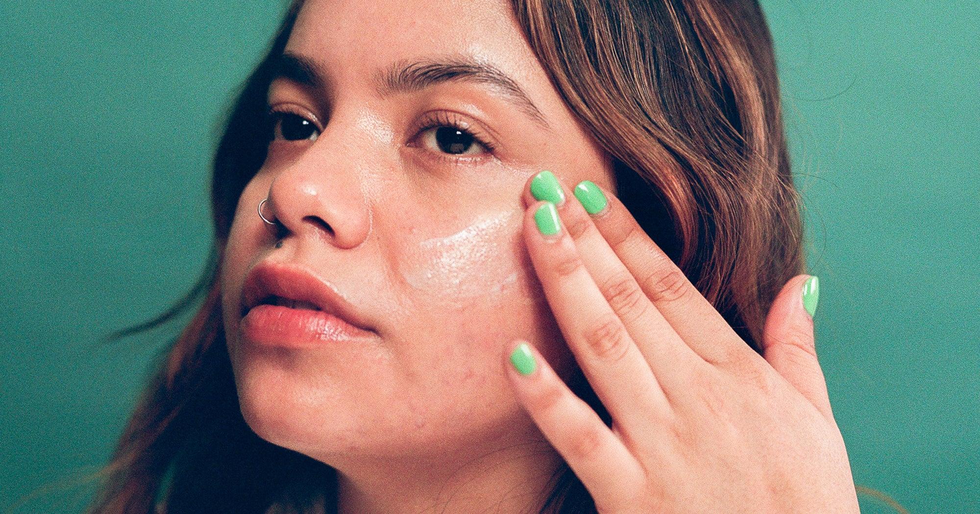 5 dermatos à suivre sur TikTok pour tout savoir sur les soins de la peau