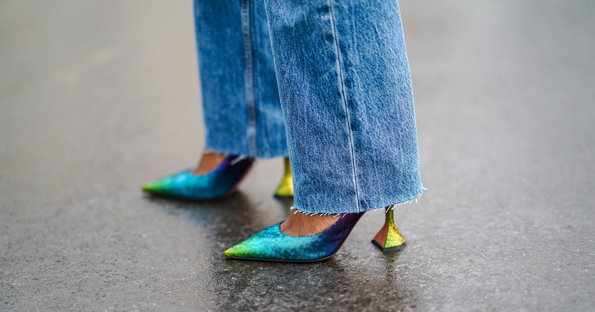 www.refinery29.com: Now That Skinny Jeans Are Out, What Shoes Do You Wear With Non-Skinny Jeans?