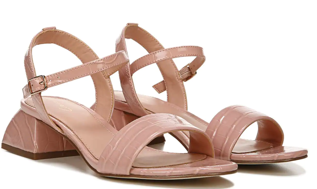 We Found Cute Summer Shoes For Your Size 11 (& Up) Feet