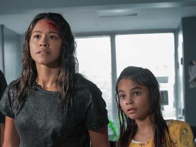Gina Rodrieguez and Ariana Greenblatt in Awake.