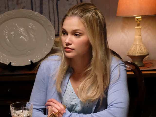 Blake lee and Olivia Hoult in Cruel Summer.