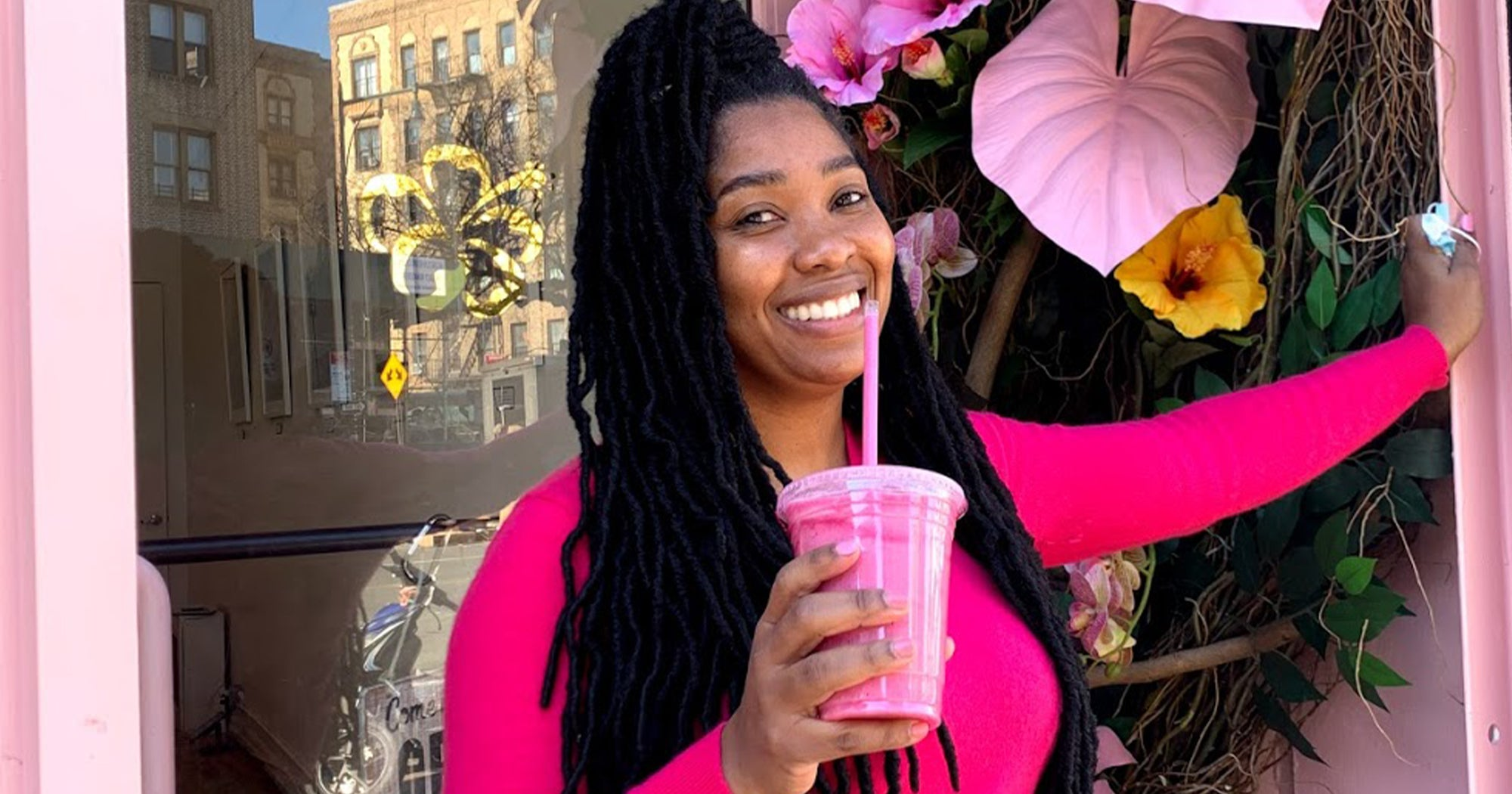 """Inside The Jamaican-Owned Brooklyn Cafe Where """"Vibes"""" Are Everything"""