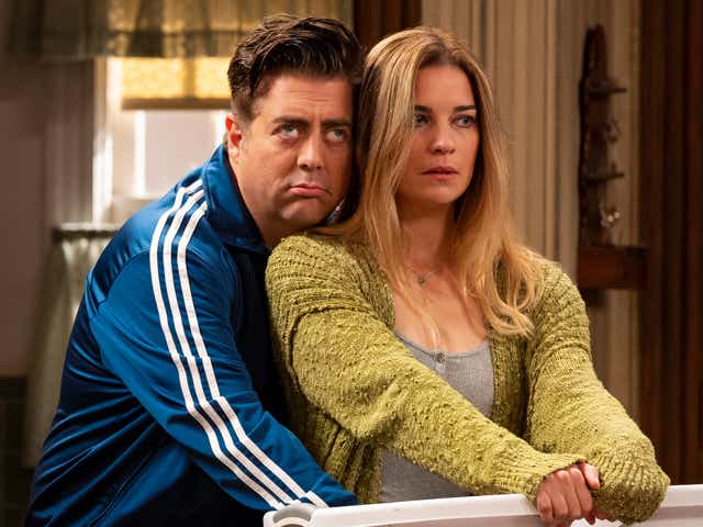 Eric Peterson as Kevin, Annie Murphy as Allison in 'Kevin Can F**k Himself'