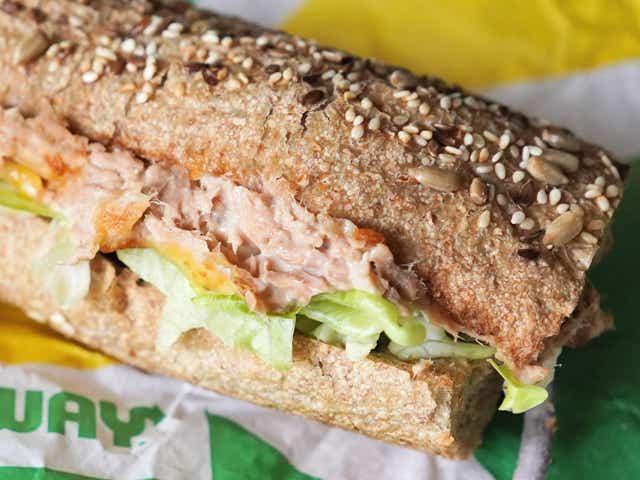 A tuna subway sandwich