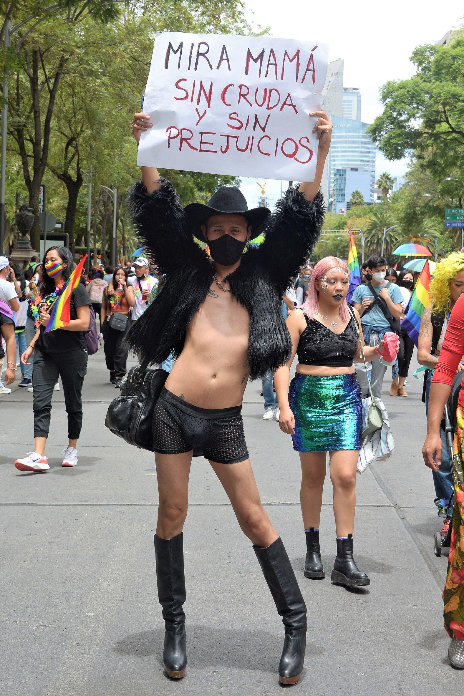 The Best Pride 2021's Street Style Looks