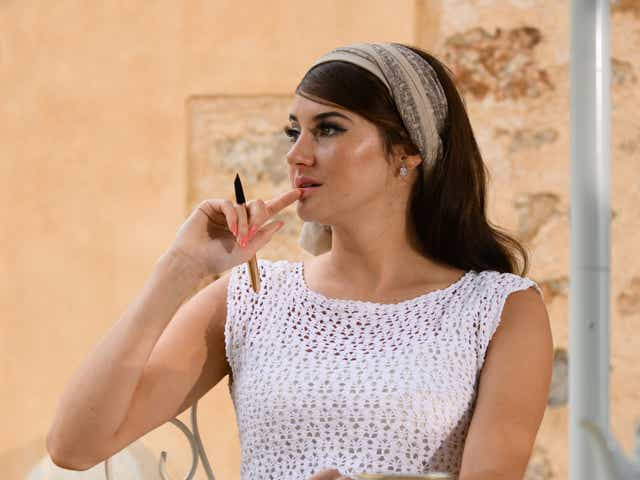 Shailene Woodley plays Jennifer in The Last Letter From Your Lover.