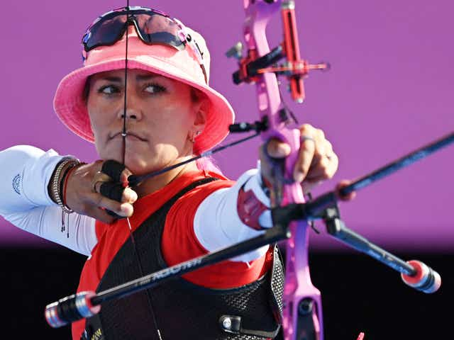 Mexico's Aida Roman competes in the women's individual eliminations during the Tokyo 2020 Olympic Games at Yumenoshima Park Archery Field in Tokyo on July 27, 2021. (Photo by ADEK BERRY / AFP) (Photo by ADEK BERRY/AFP via Getty Images)