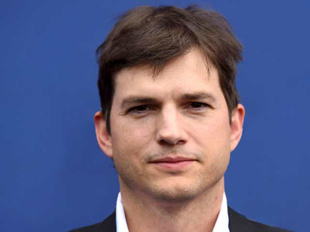 Ashton Kutcher arrive at the 53rd annual Academy of Country Music Awards.