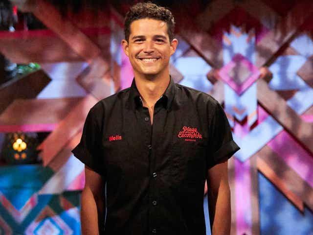 Wells ADams on the Bachelor in Paradise.