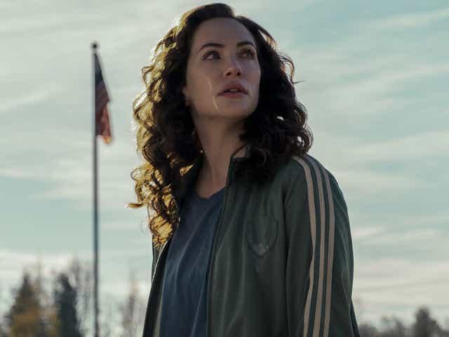 Kate Siegel in Midnight Mass on Netflix