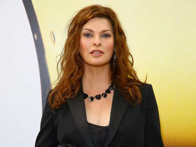 Linda Evangelista, Co-Chair of the Fragrance Foundation Awards attends the 2015 Fragrance Foundation Awards.