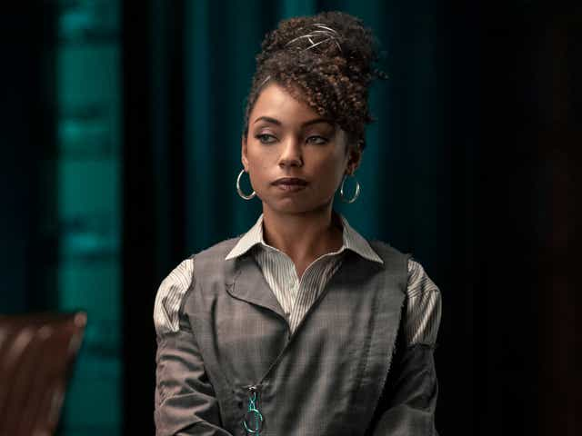 LOGAN BROWNING as SAMANTHA WHITE in episode 410 of DEAR WHITE PEOPLE