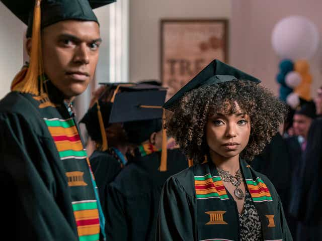 NICHOLAS ANTHONY REID as JAMES, LOGAN BROWNING as SAMANTHA WHITE in Dear White People.