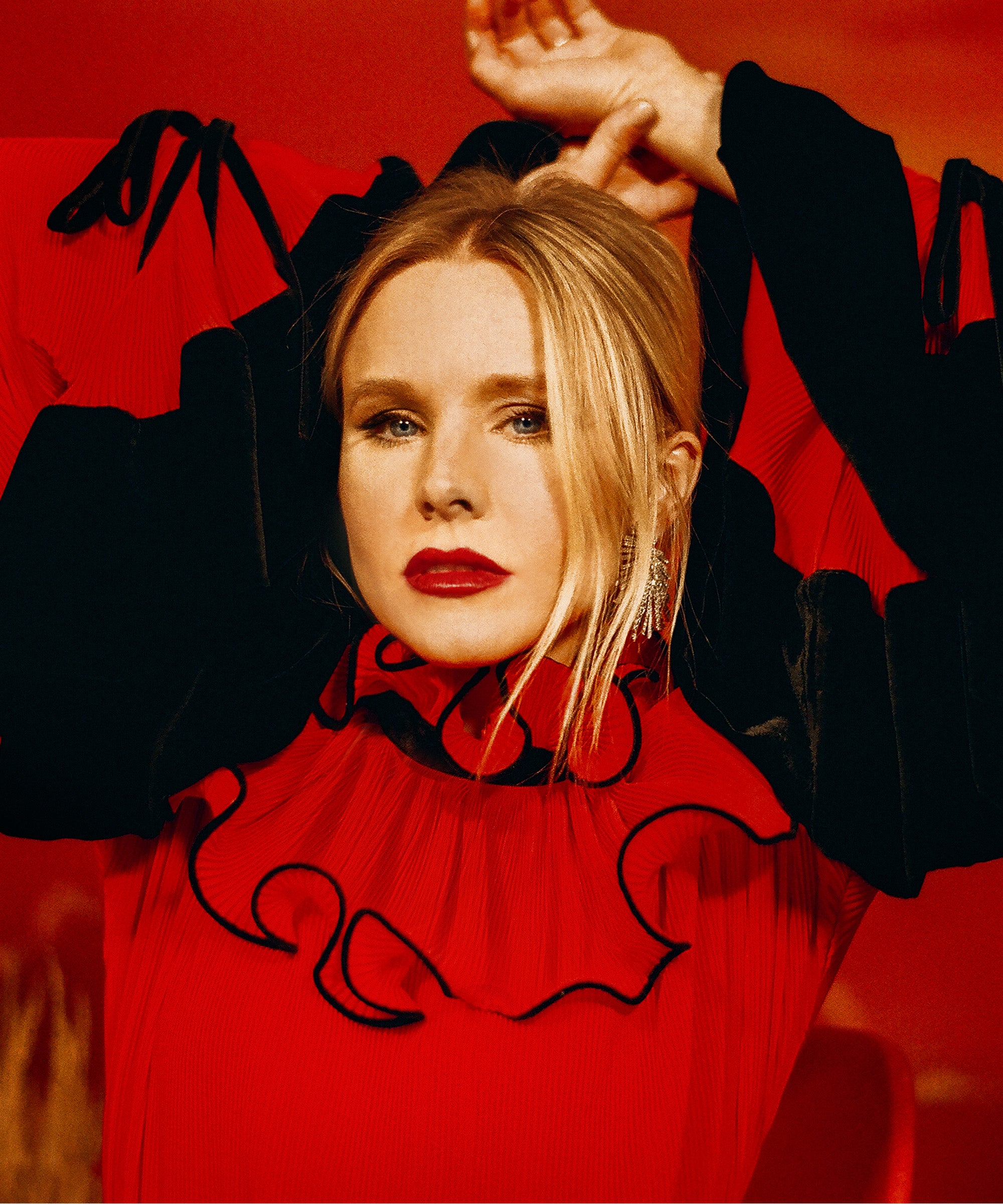 From Cult Antihero To Critical Darling, Kristen Bell Is On Fire