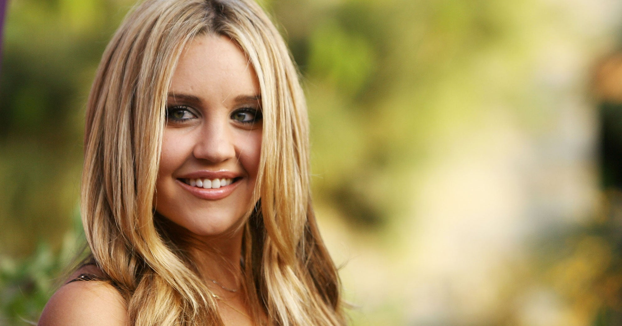 Amanda Bynes Rejoins Instagram With A Fresh New Hair Color