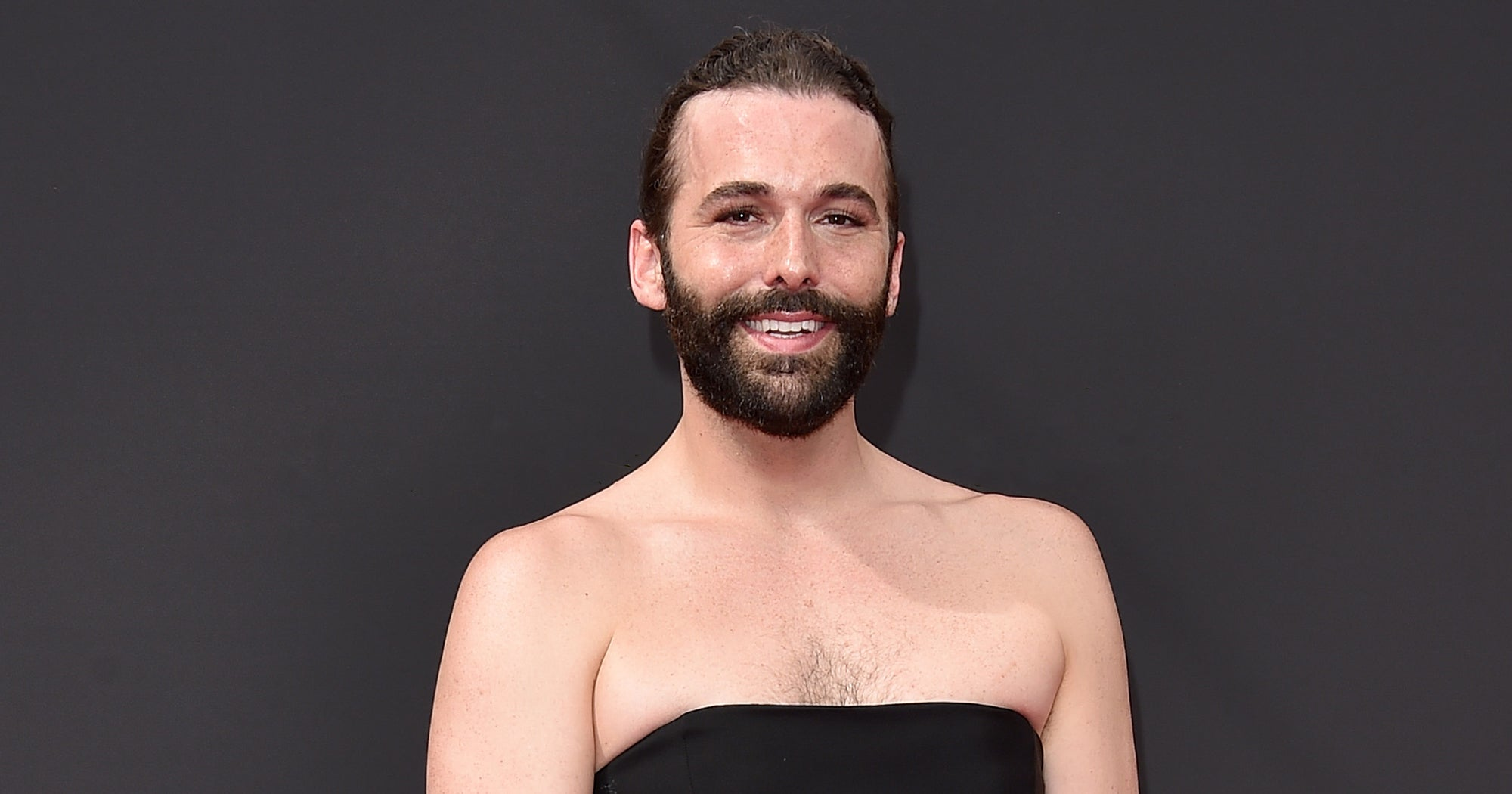 Jonathan Van Ness From Queer Eye Stole The Emmys Red Carpet