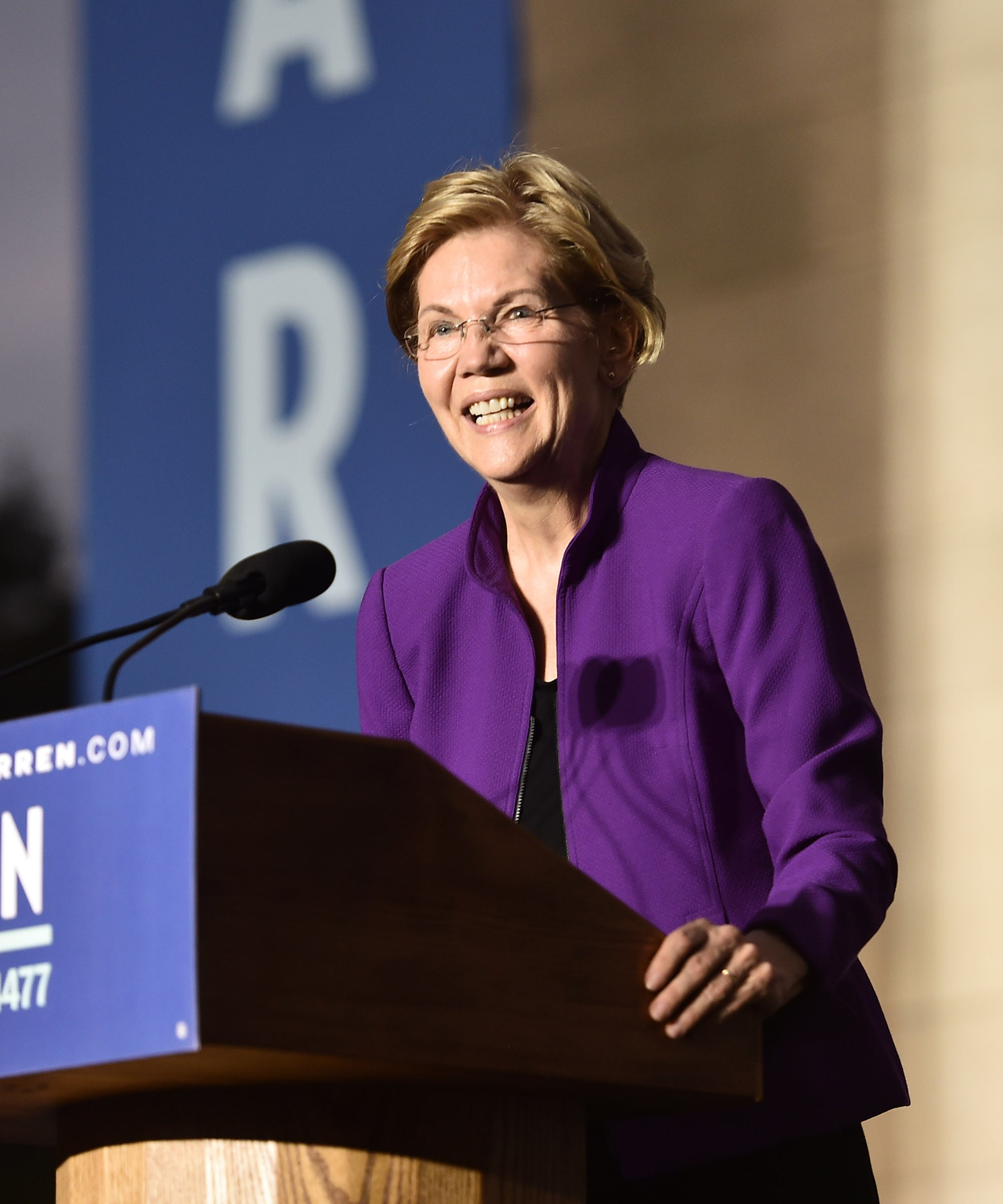 Elizabeth Warren's Refreshingly Gloomy Message & The Young People Who Love Her For It