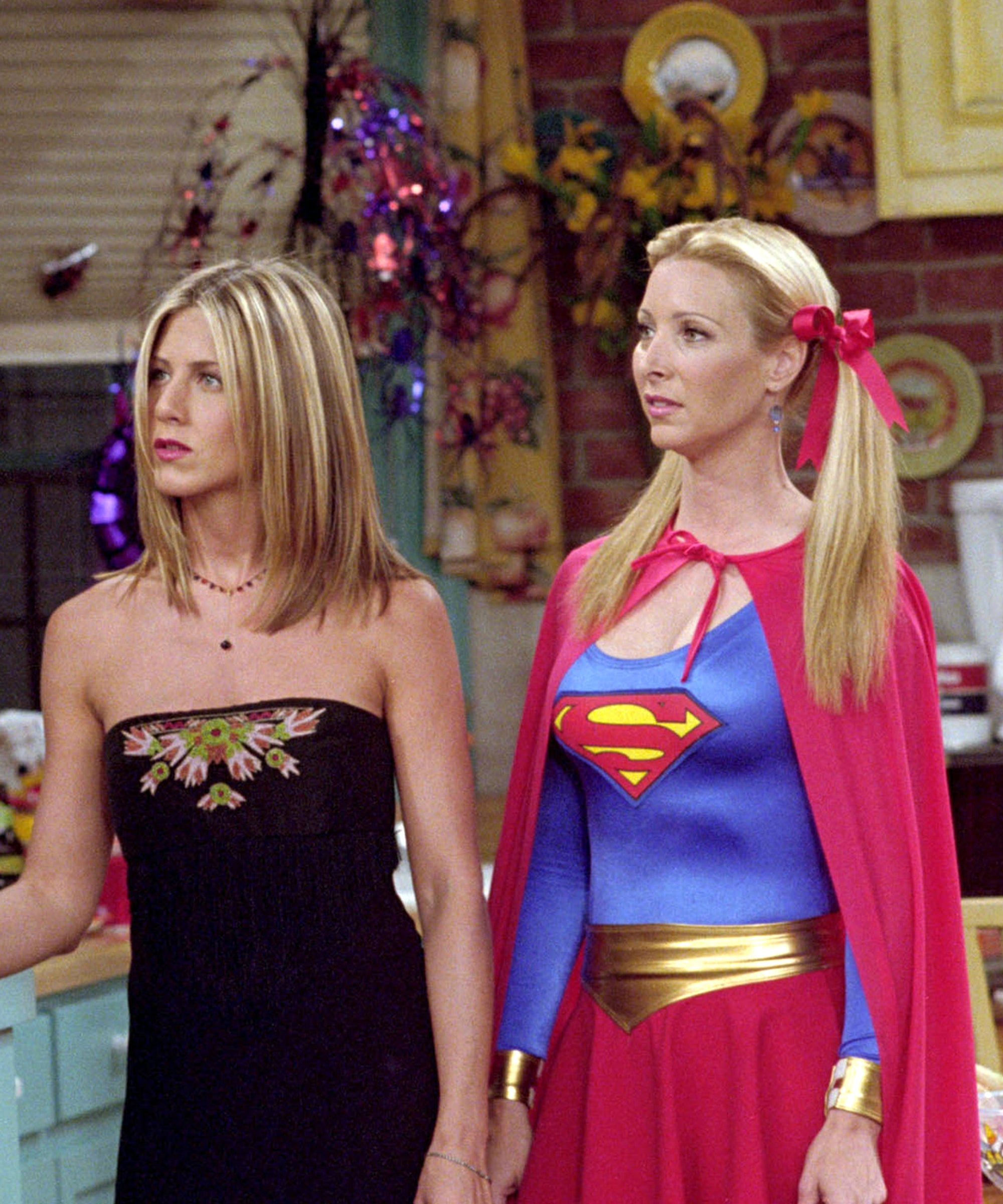 Friends' Halloween Costumes, From Best To…What Is That?