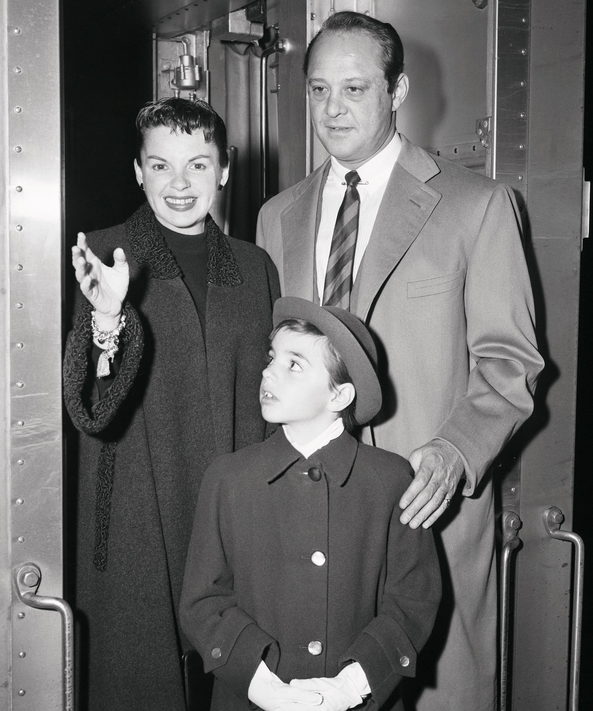 All About Judy Garland S Marriage To Sid Luft In His Own Words