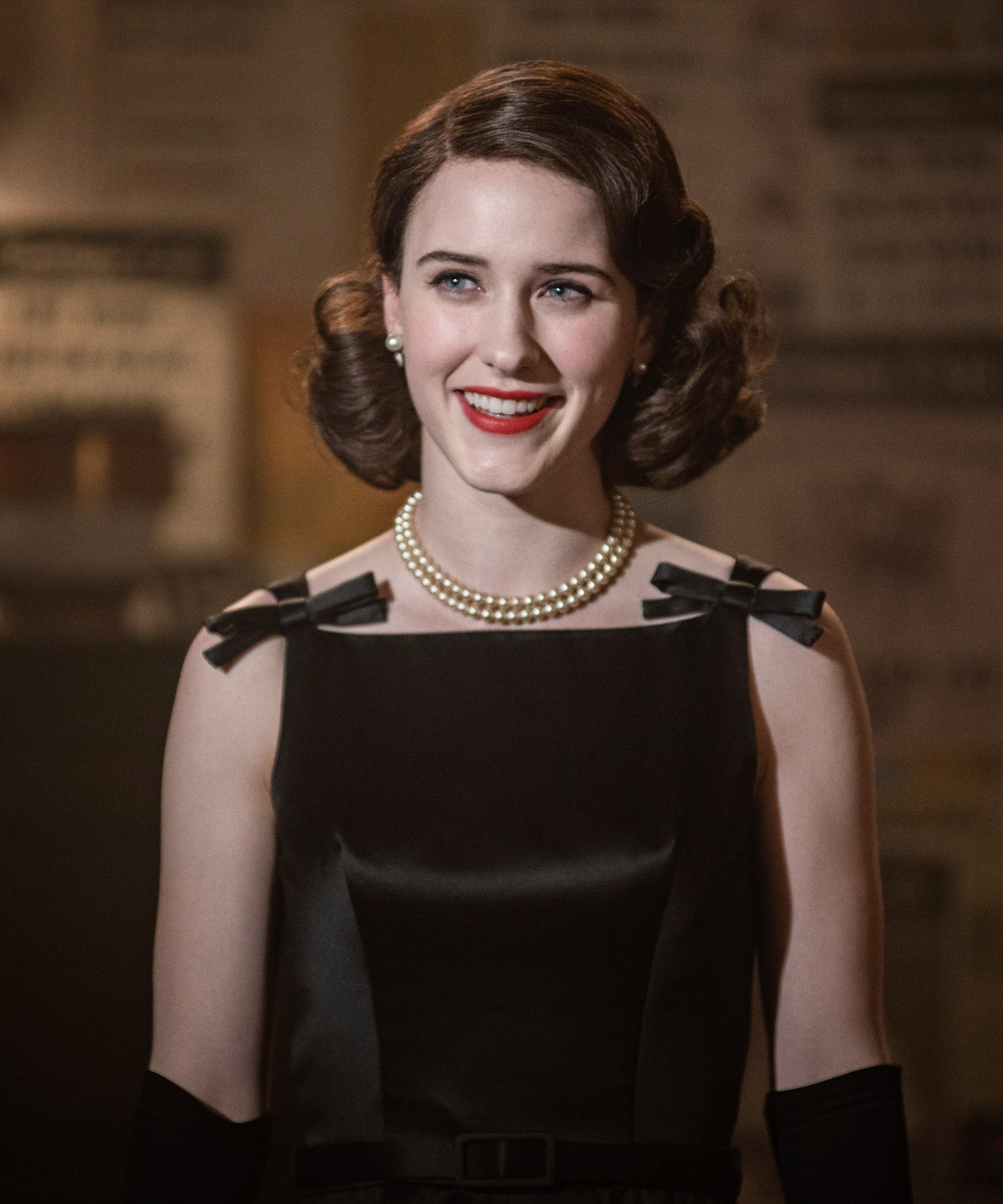 Red Lipstick & Finger Waves: How To Be Midge Maisel For Halloween