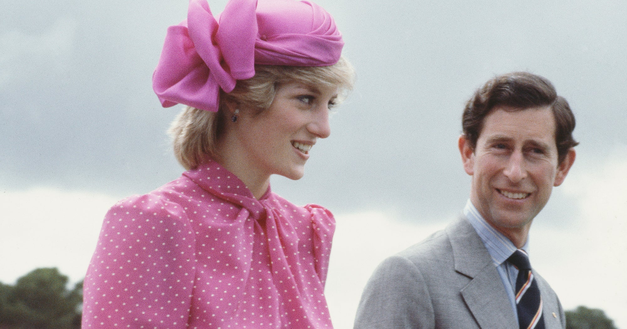 The First Look At Princess Diana In The Crown Is Eerily Perfect