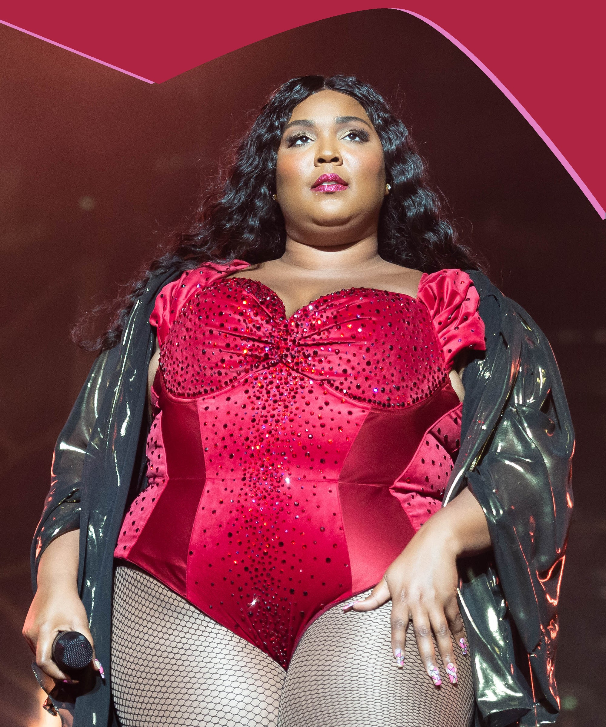 Everything You Need For A Lizzo Halloween Costume (Minus The DNA Test)