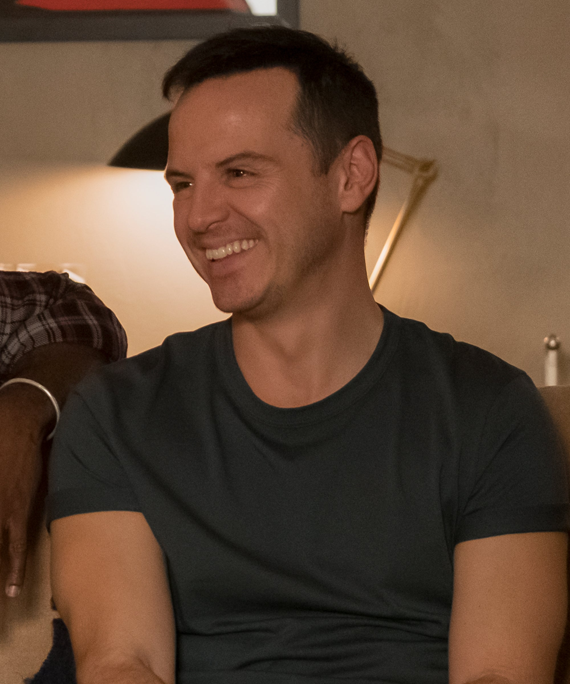 """Andrew Scott Is """"Really, Actively"""" Looking To Be In A Rom-Com"""