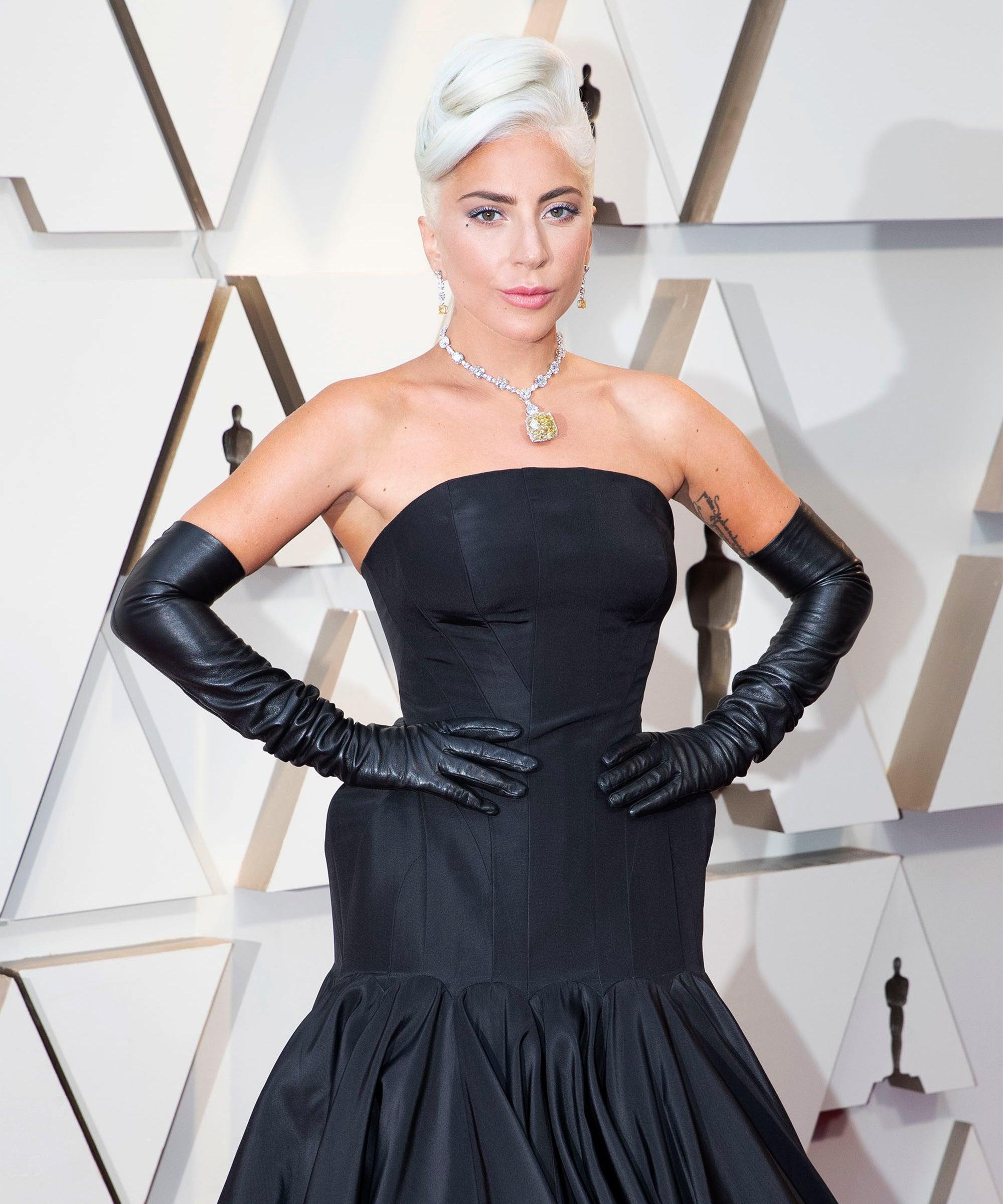 "Lady Gaga Calls Herself A ""Single Woman"" On Instagram, So Goodbye To Dan Horton?"
