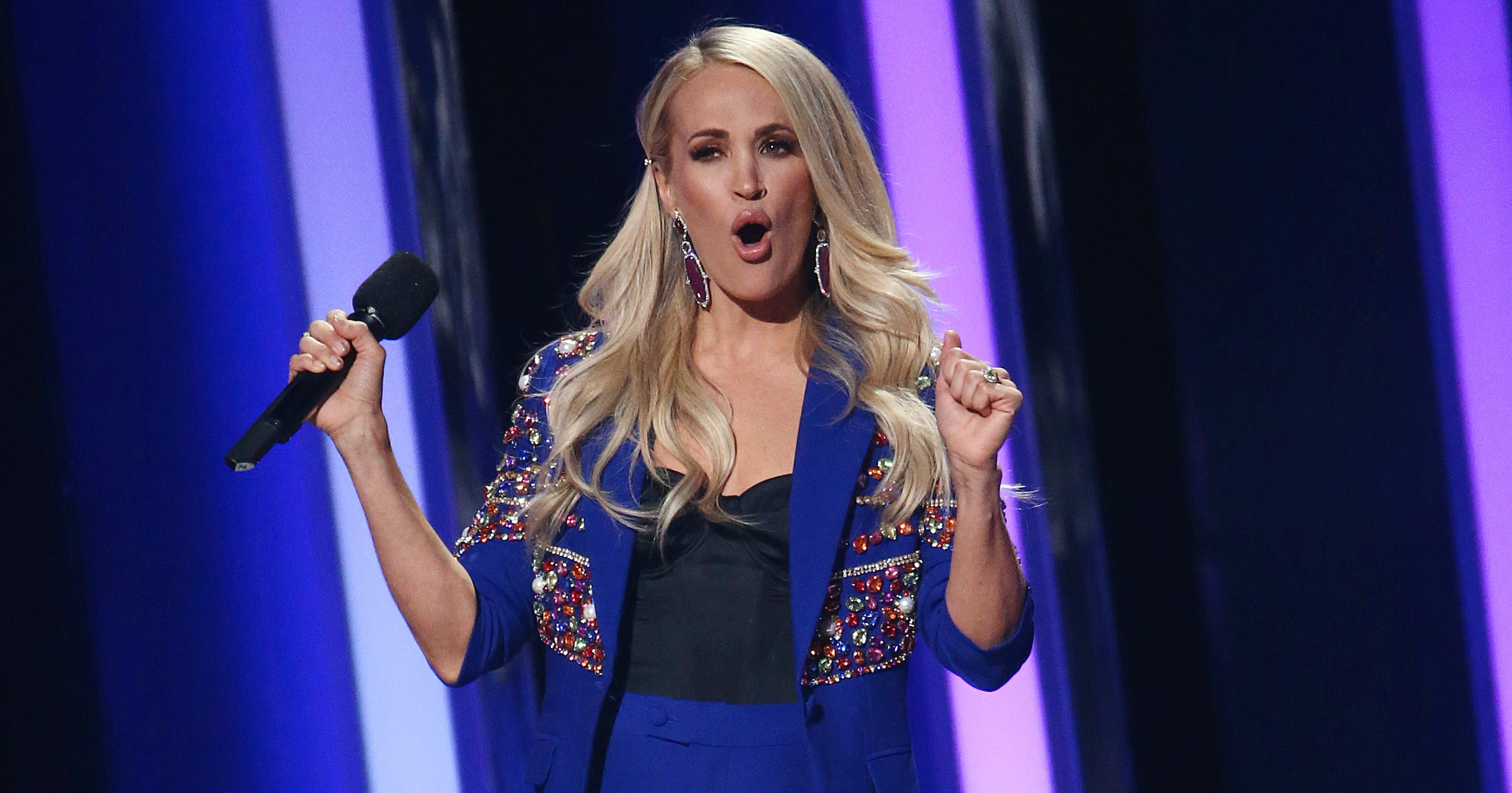 The Country Music Awards Just Did Carrie Underwood Dirty