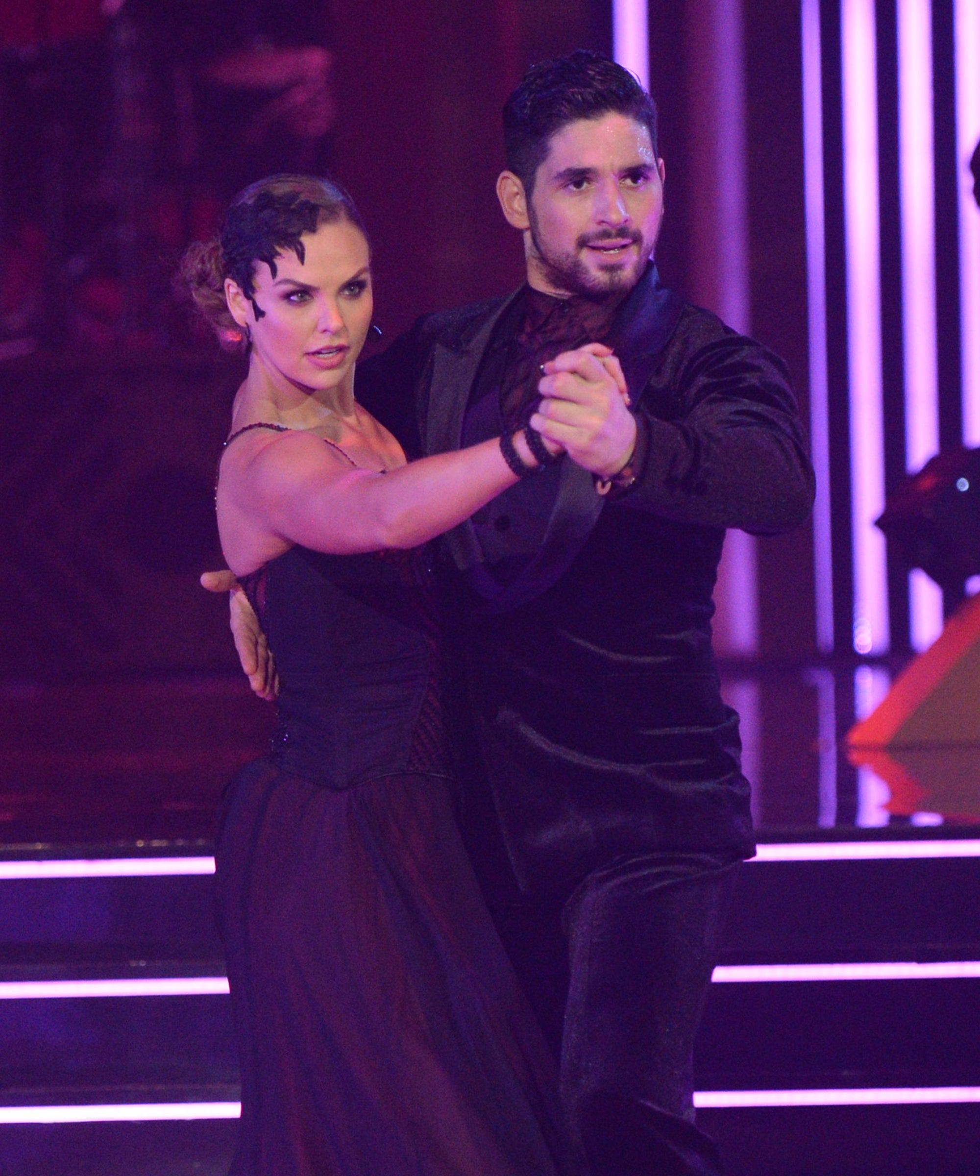 Everyone Is More Obsessed With Hannah Brown & Her DWTS Partner Than Ever Before