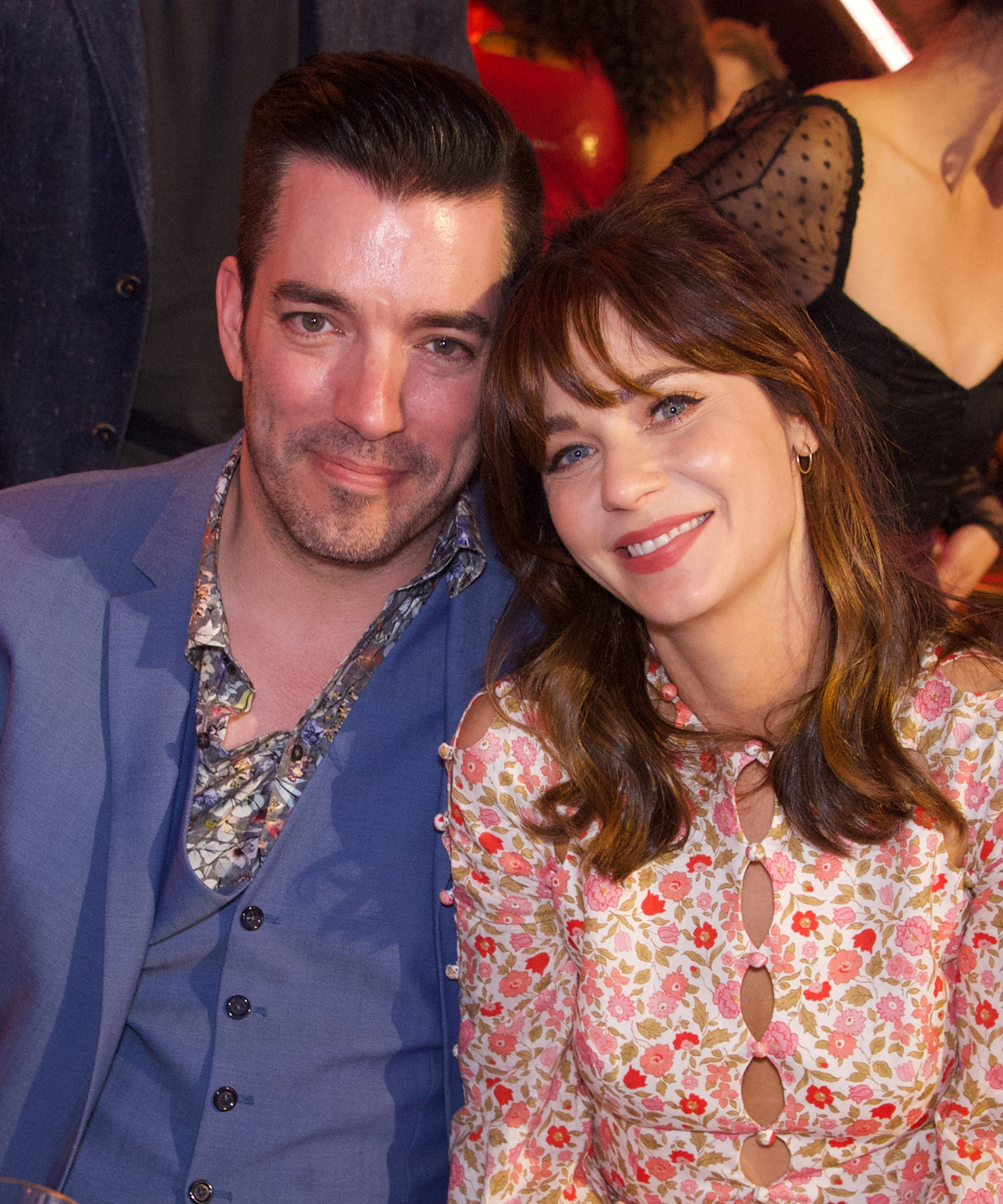 Zooey Deschanel & Jonathan Scott Already Have Their Own Christmas Traditions