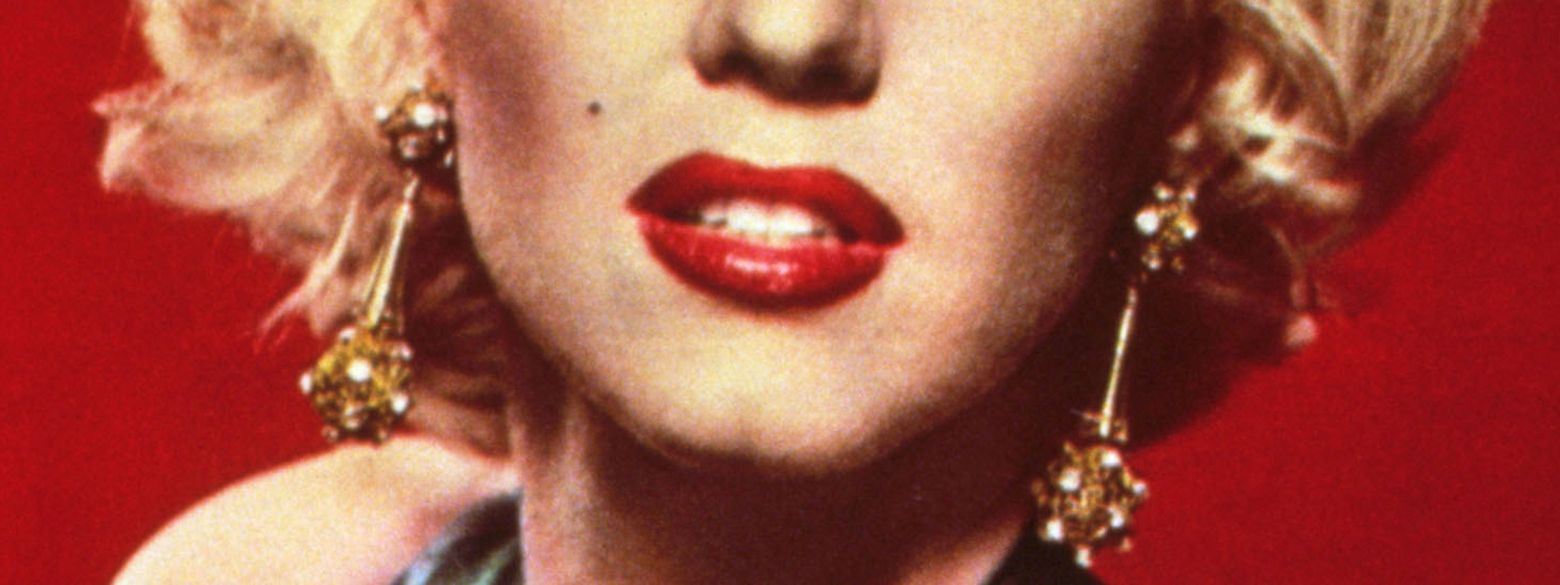 How Red Lipstick Changed Lost Girls Into Leading Ladies
