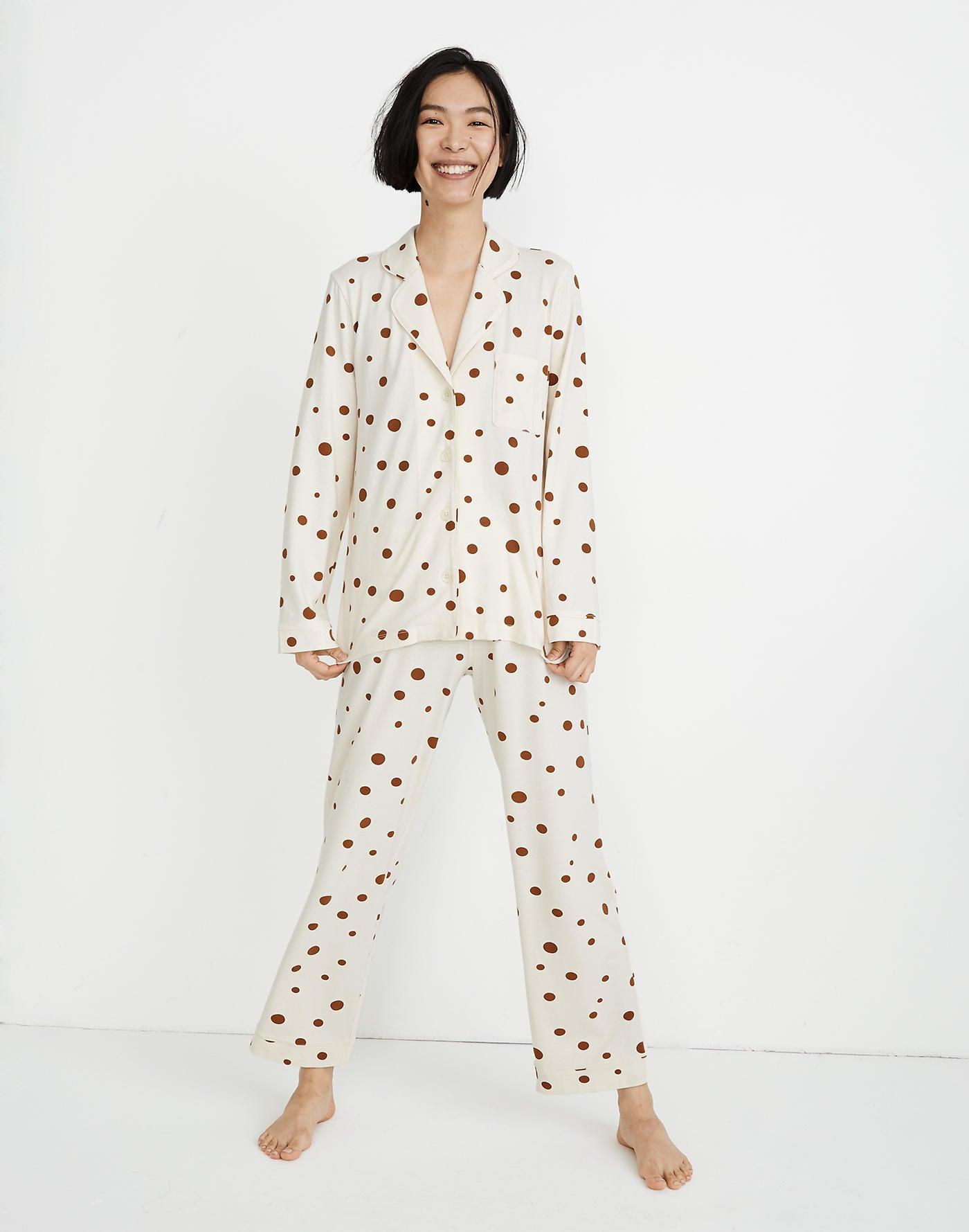 9 supersüße Pyjamas, die sich perfekt unter dem Weihnachtsbaum machen