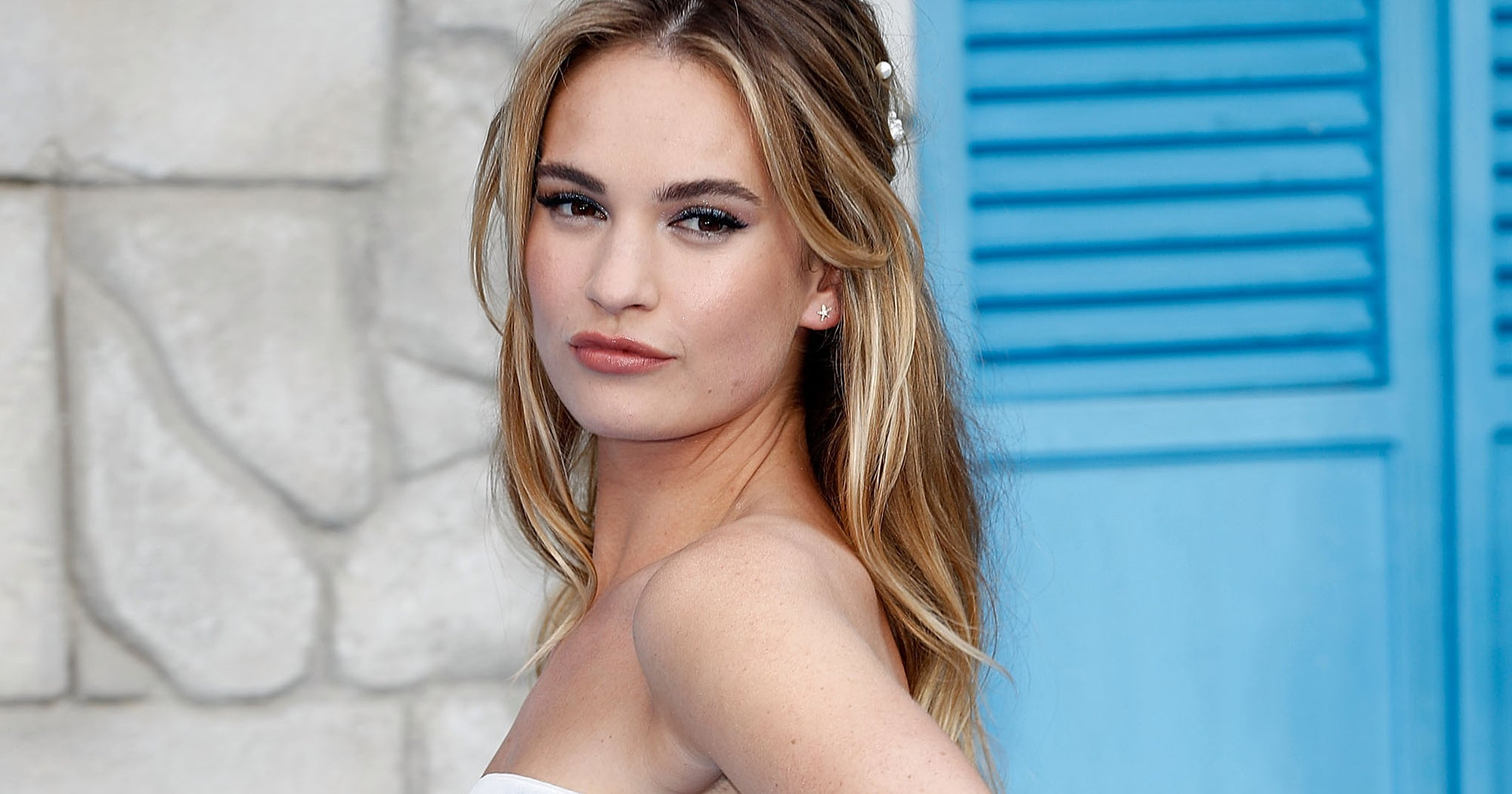 Lily James Welcomes Winter With A Toasty Ombré Hair Color