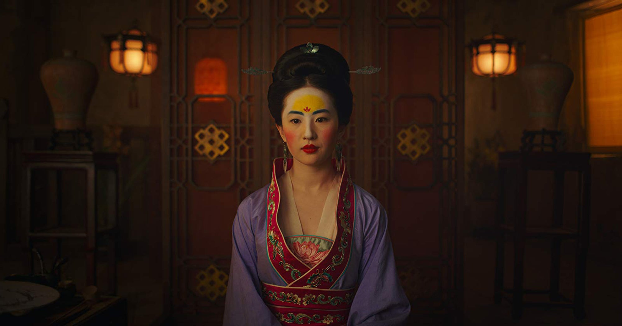 The New Mulan Looks So Good We Can Forgive Them For Not Singing