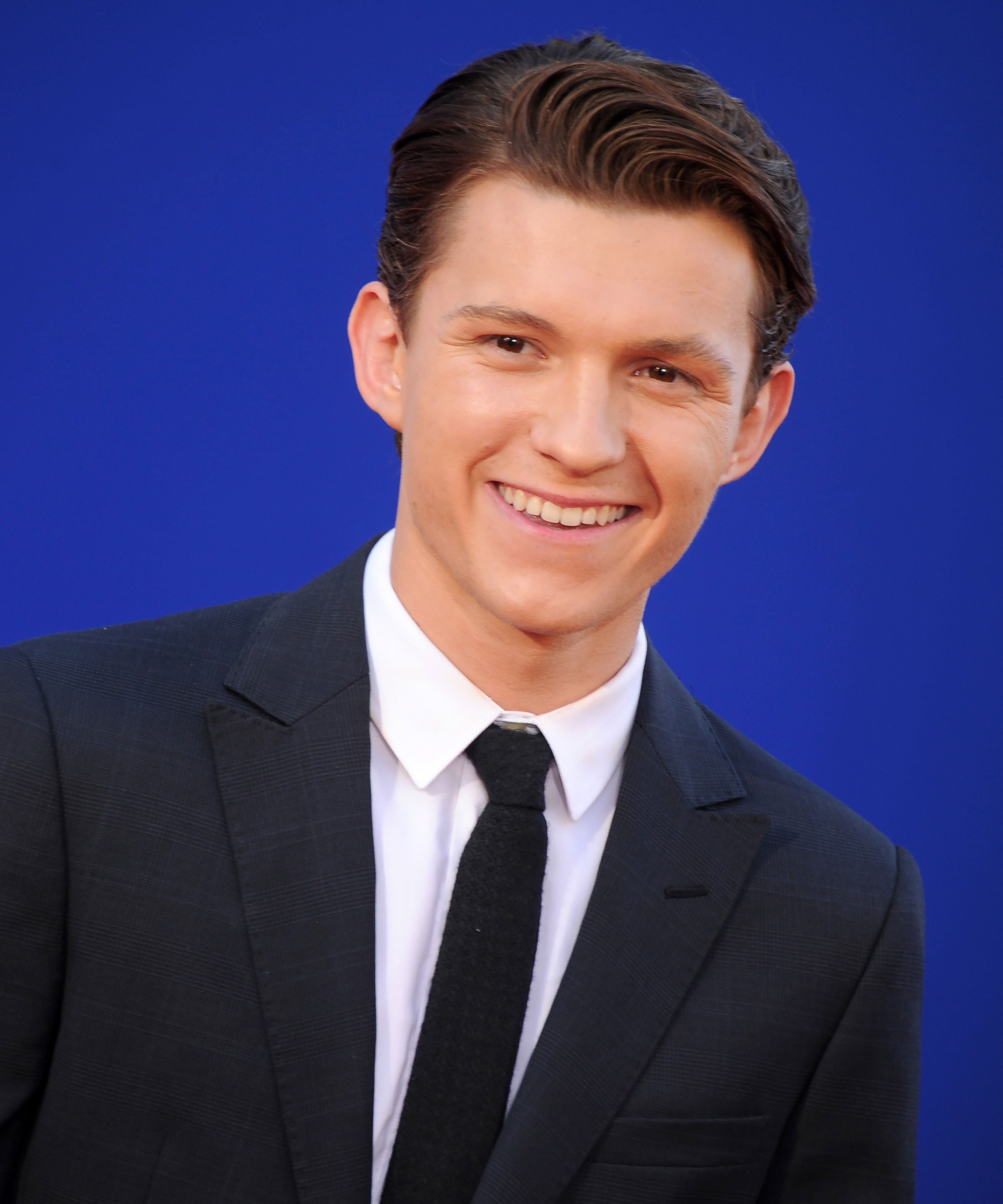 Tom Holland Admits He Was Drunk When He Saved Spider-Man