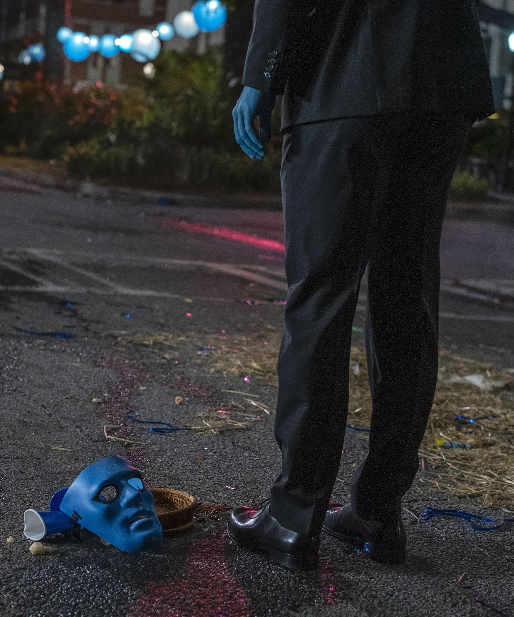 Who Plays Doctor Manhattan On Watchmen?