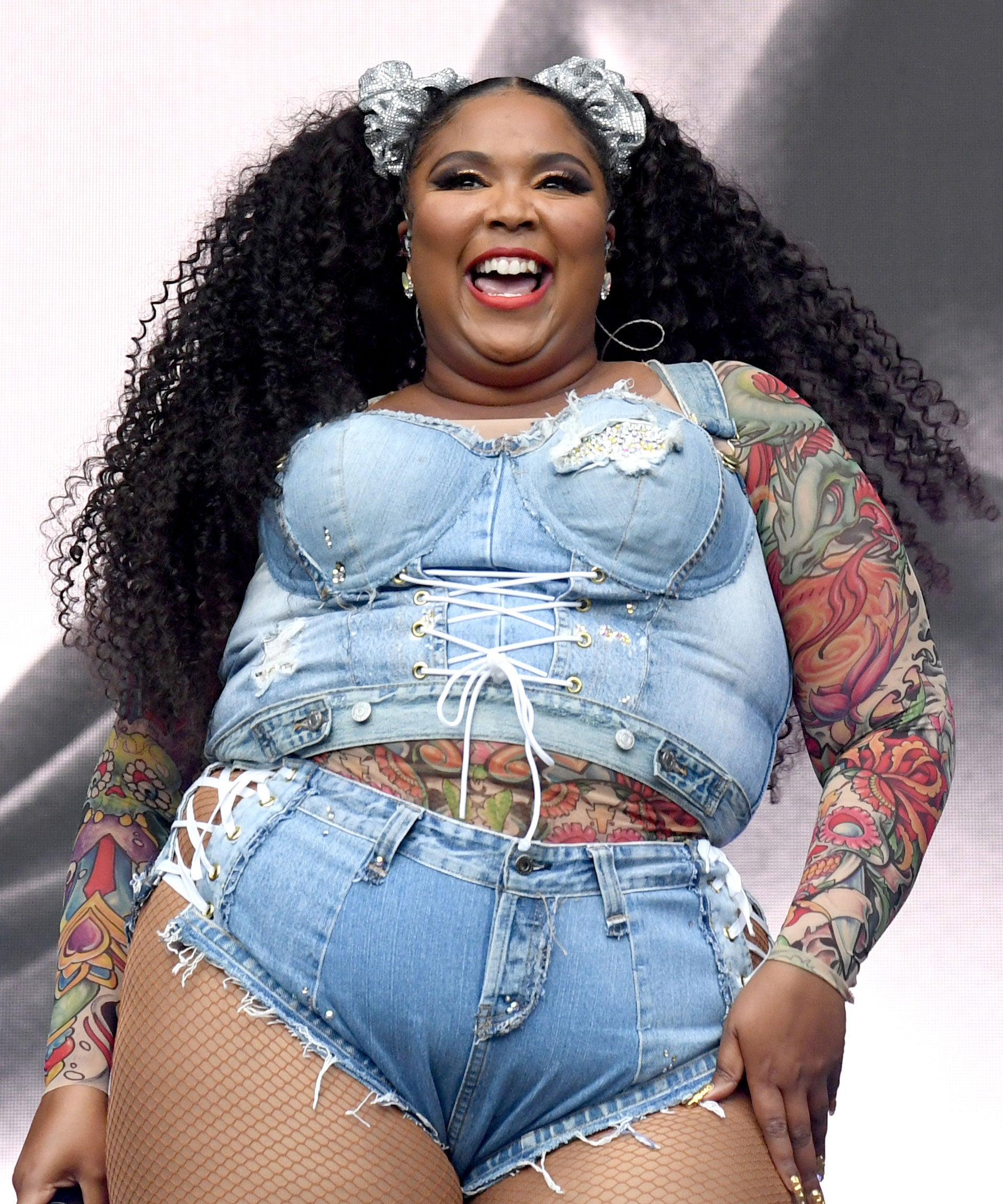 Lizzo's Courtside Dance Is Breaking The Internet