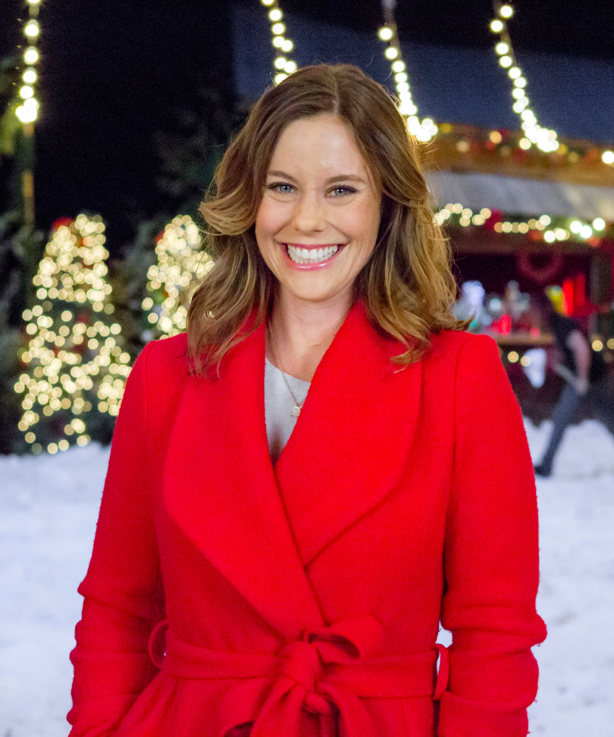 Christmas In Evergreen 2020 Cast Where Is Evergreen? Recurring Hallmark Christmas Town