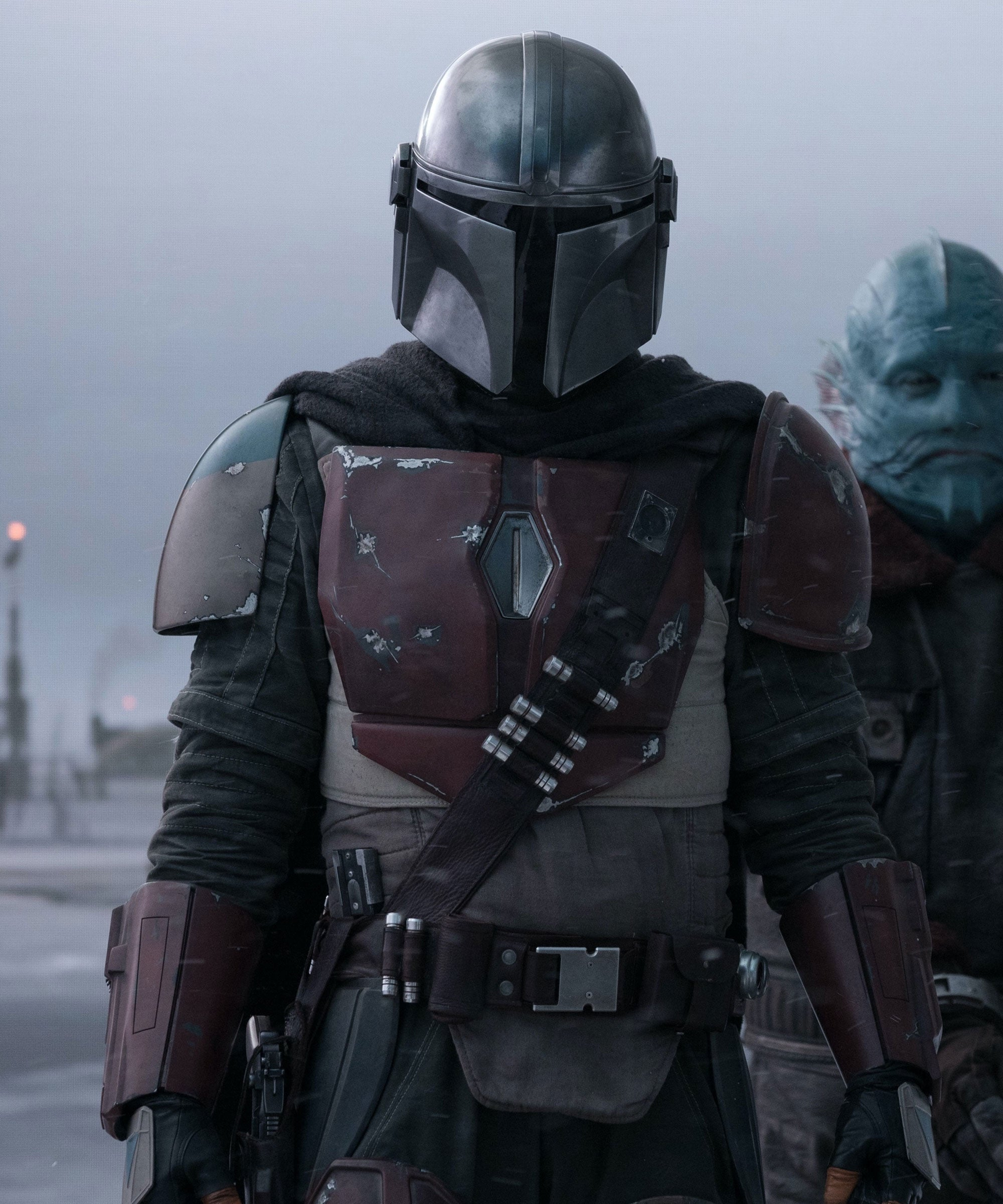 How Do Mandalorians Eat? & 3 Other Burning Questions About Star Wars' Helmeted Hero