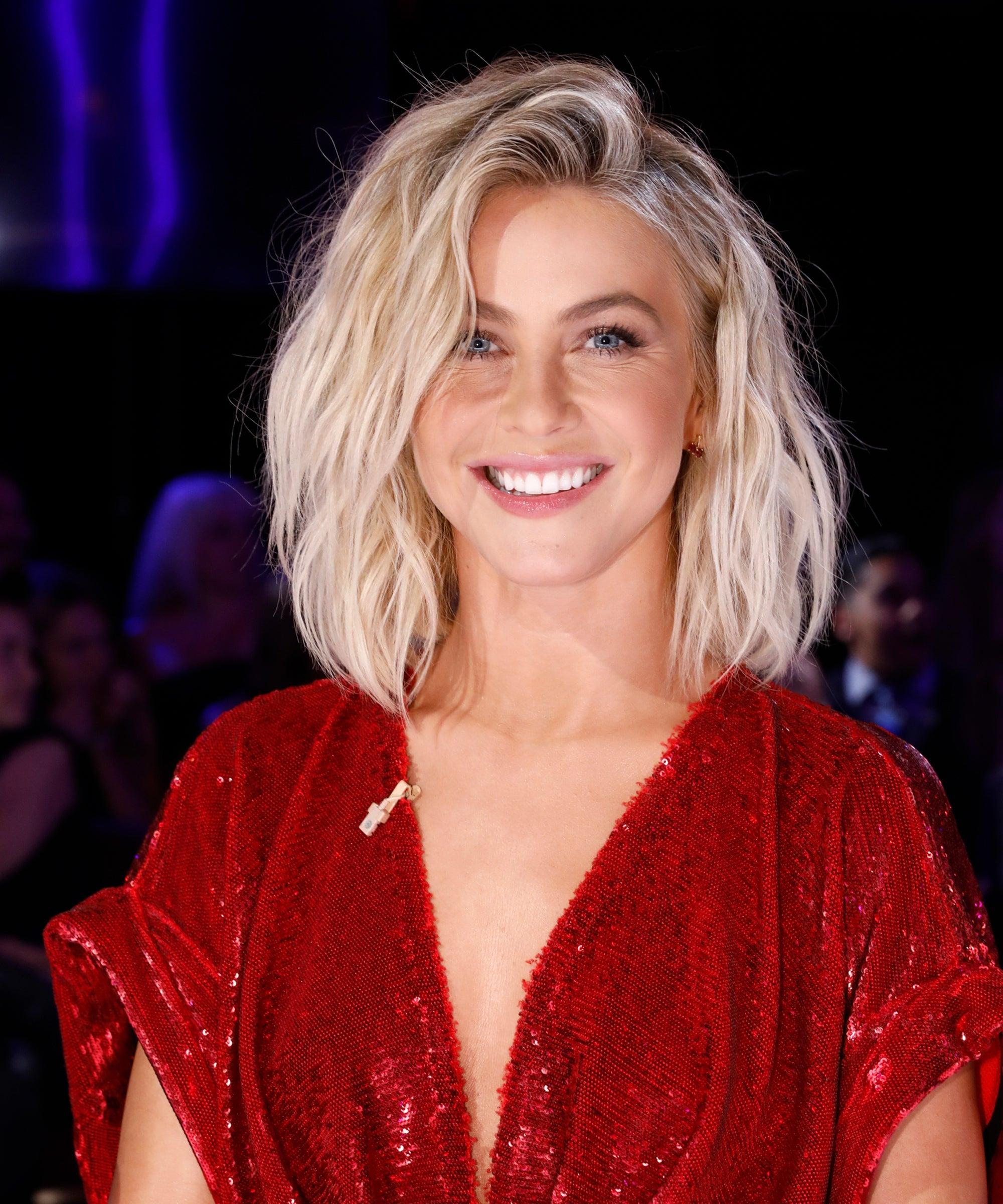 Julianne Hough Chops Bob Into New Shorter 90s Haircut