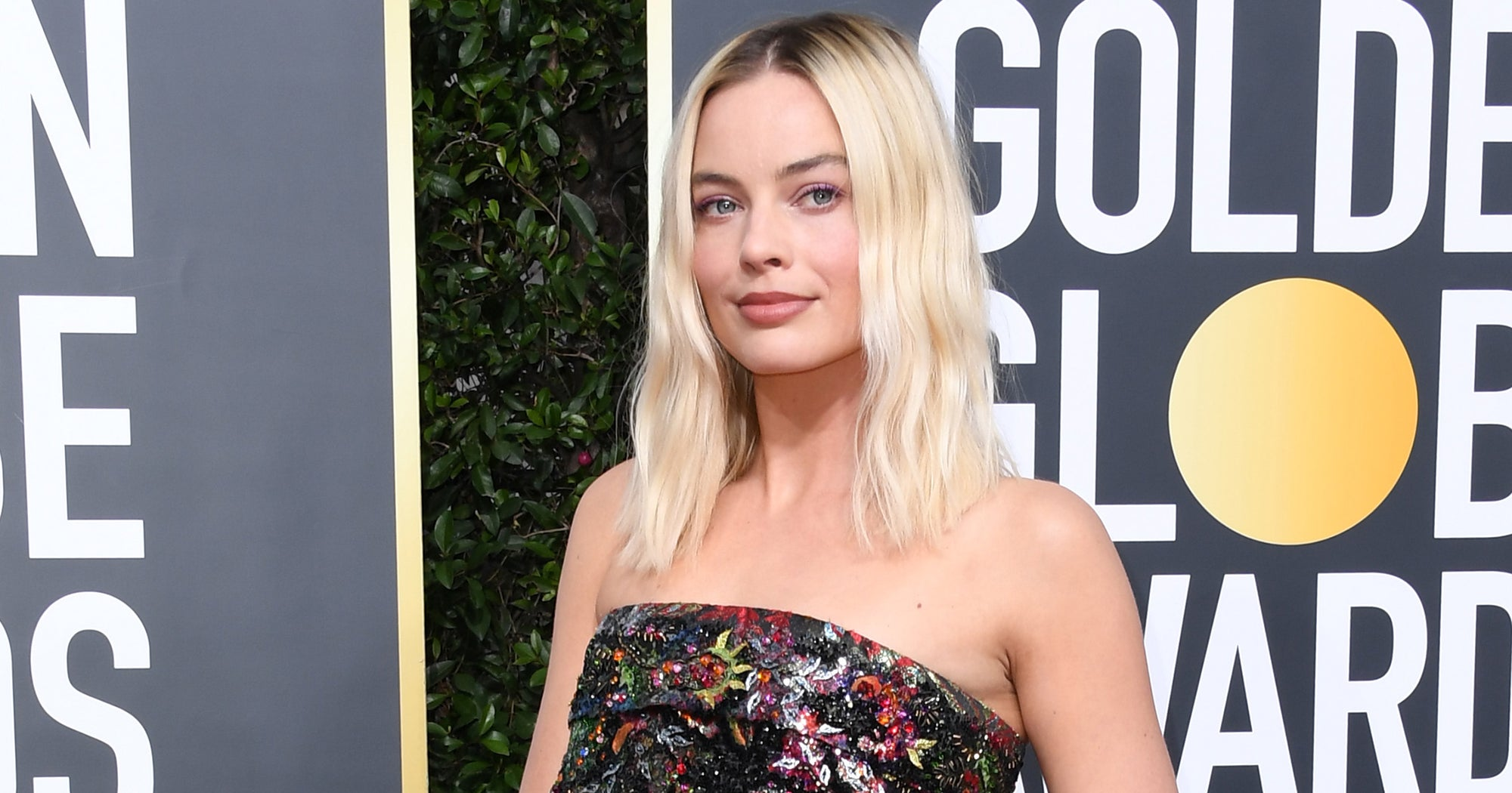 Margot Robbie's Golden Globes Nails Were The Best Part Of Her Look