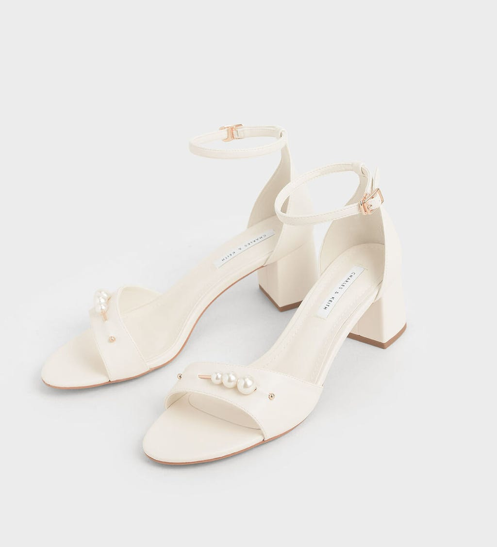 The Most Comfortable Wedding Shoes According To Brides