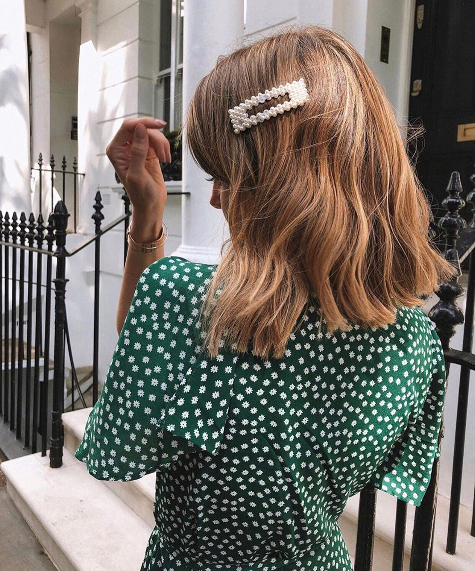Here's Why You Should Be Getting Your Highlights Done With Wet Hair