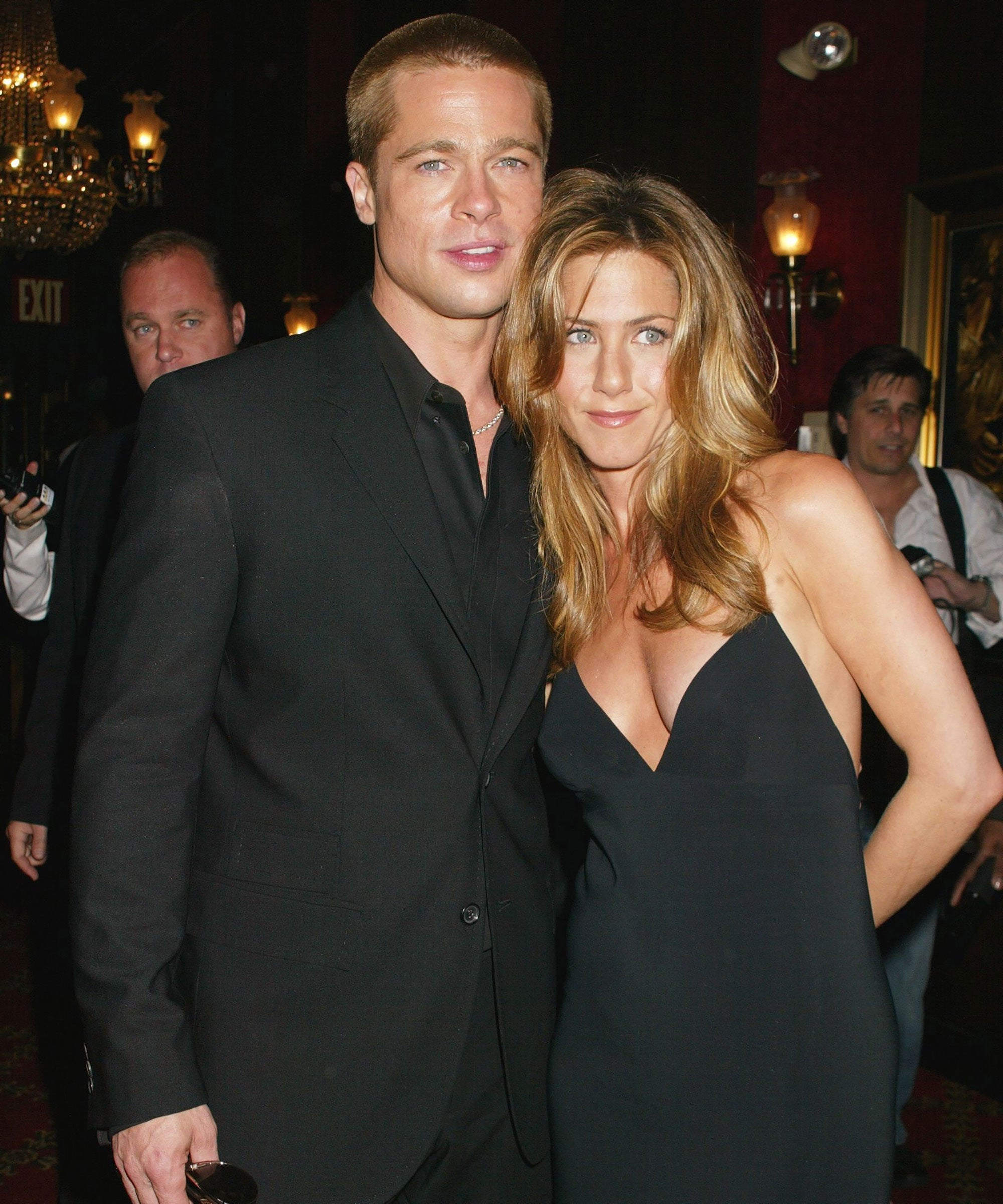 Brad Pitt & Jennifer Aniston's Reunion At The SAG Awards Has Celebs Losing It