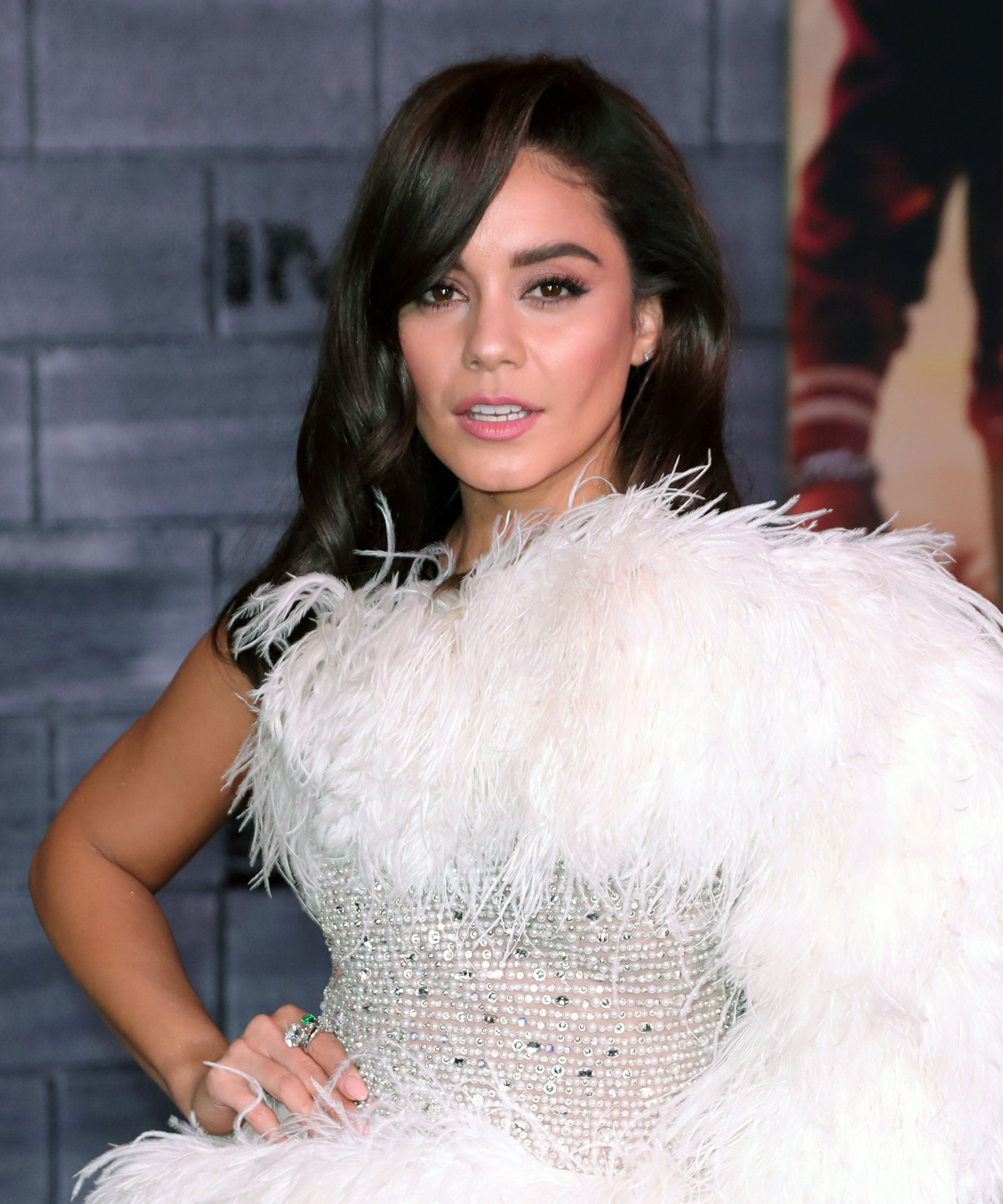 Did Vanessa Hudgens Just Make It Insta Official With An L.A. Laker?