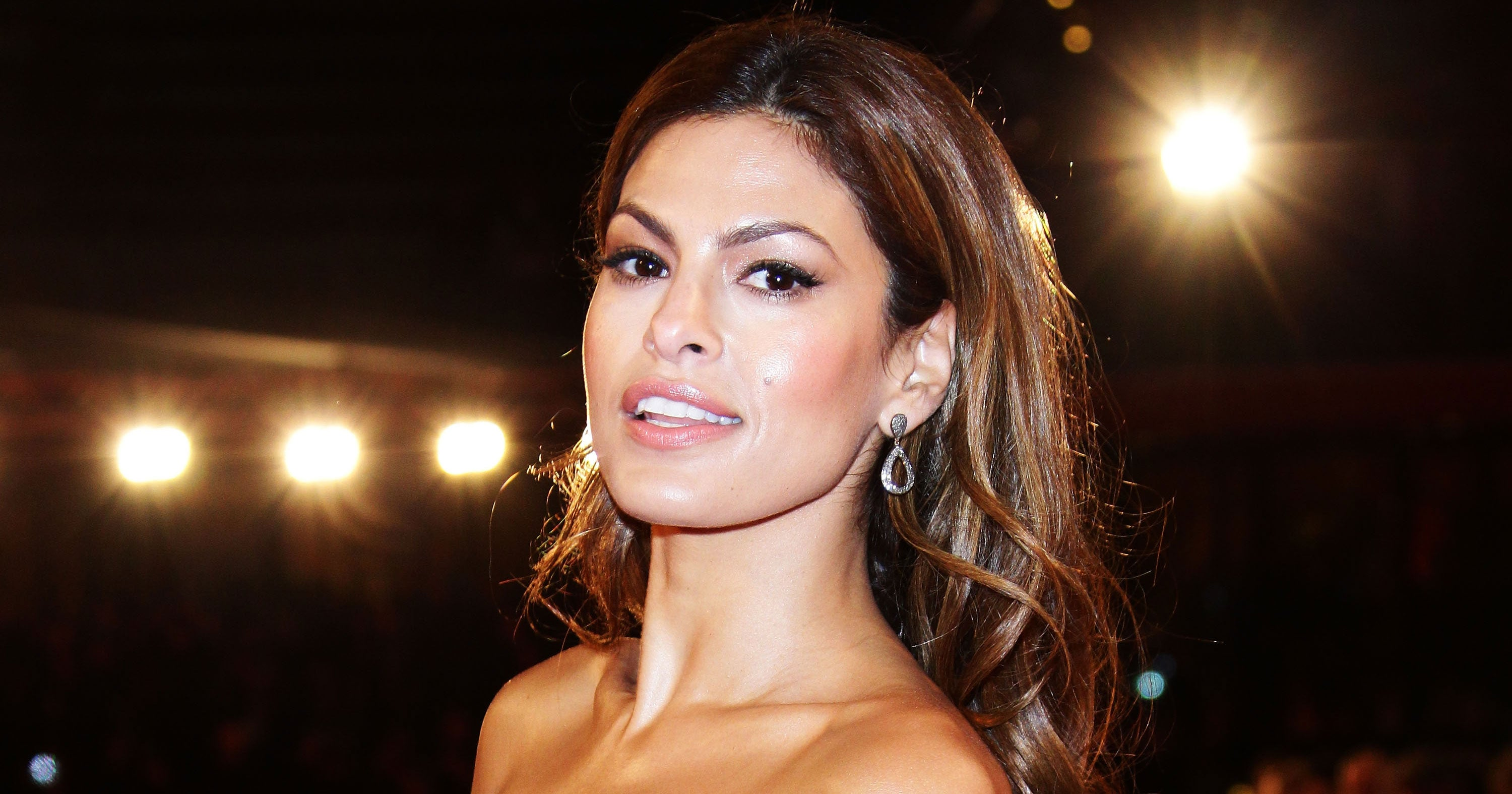 Eva Mendes Debuts New Short Lob Haircut On Instagram