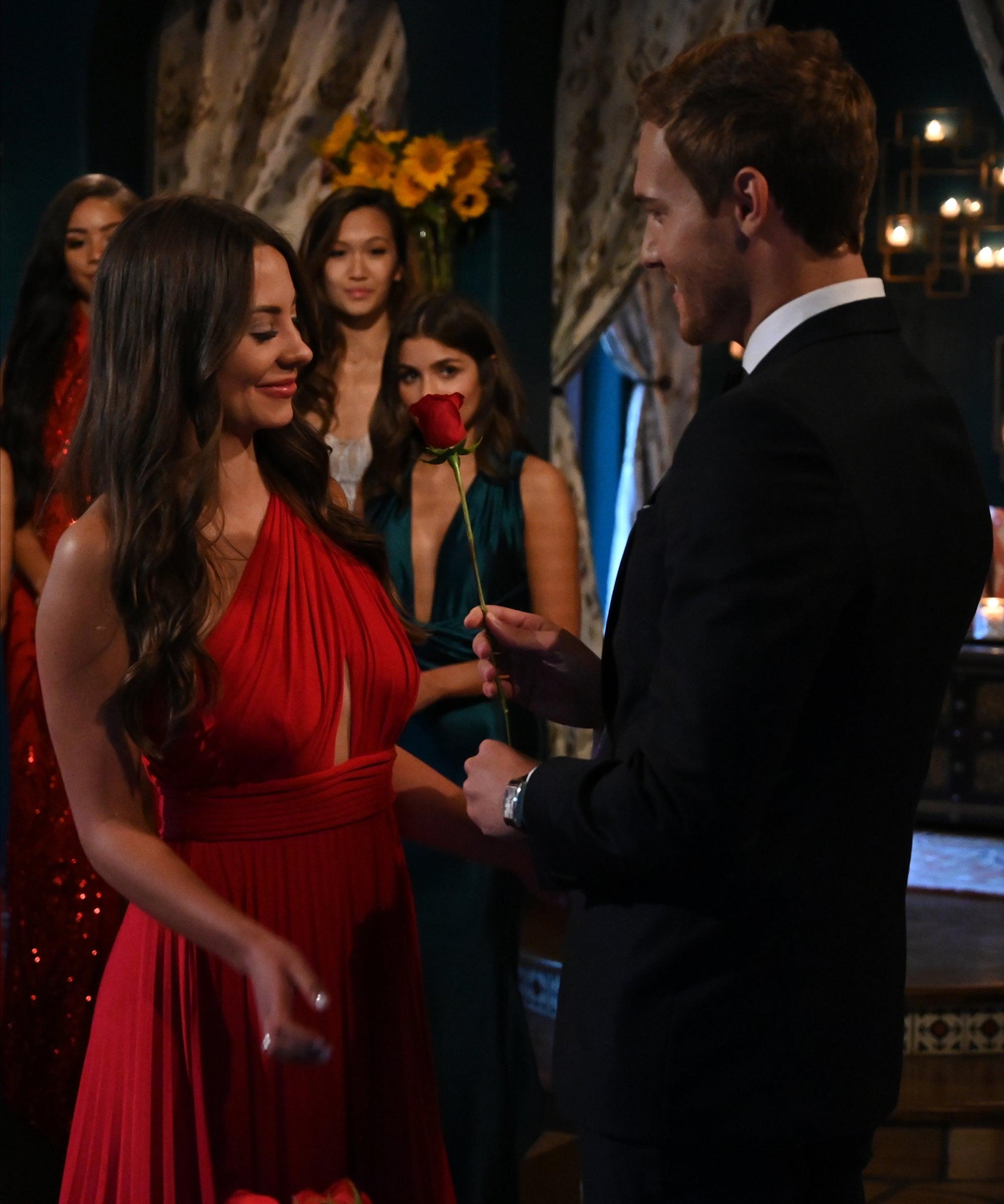 Does Kelley Flanagan Hate Peter Weber Bachelor